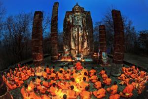 RPS Gold Medal - Tossaporn Sahakul (Thailand)Pray Of Sunrise