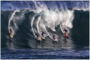 PhotoVivo Honor Mention - Thomas Lang (USA)The Surfing Team