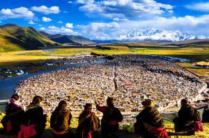 IUP Honor Mention - Xunlei Li (China)  Longing Place