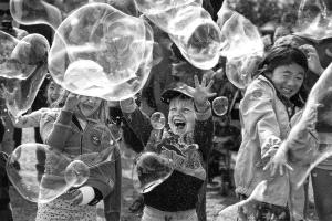 KBIPC Gold Medal - Kam Chiu Tam (Canada)  Playing Bubbles