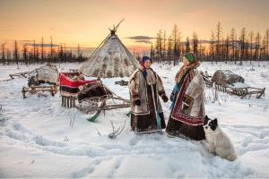 IUP Honor Mention - Alexey Suloev (Russian Federation)  Chat Up At The Chum-Yamal