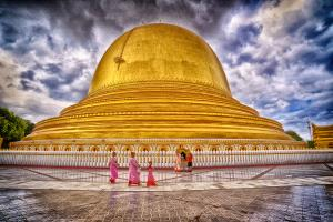 KBIPC Merit Award - Pui-Chung Yee (Singapore)  Nuns Walking At Golden Pagoda