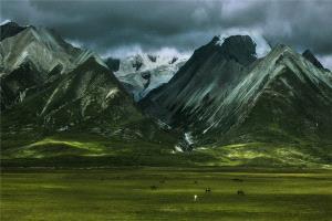 KBIPC Merit Award - Deqiang Zhang (China)  Beautiful Homeland