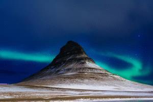 PhotoVivo Gold Medal - Kaiwen Yang (China)  Polar Light 2